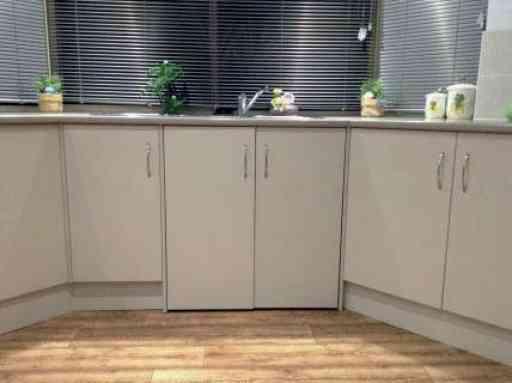 Vicky_home_kitchen_04