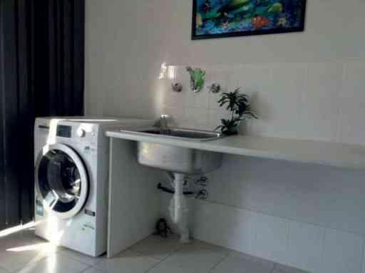 Vicky_home_laundry_02