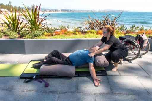 Yoga-Sargood-on-collaroy-4118_preview